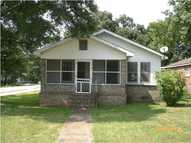 72 Ninth Ave Chickasaw AL, 36611