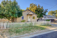 806 Division St Grants Pass OR, 97526