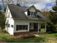 709 Wood Avenue Big Stone Gap VA, 24219
