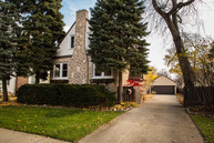 501 South Knight Avenue Park Ridge IL, 60068