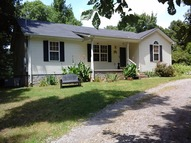 319 Fazio Ct Bell Buckle TN, 37020