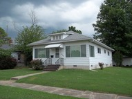 712 S Thomas Christopher IL, 62822