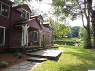 18 Old Town Rd Hillsdale NY, 12529