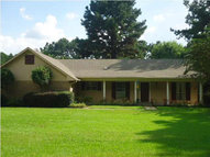 6023 Lilly Rd Hazlehurst MS, 39083