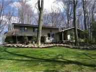 34565 Lakeview Dr Solon OH, 44139