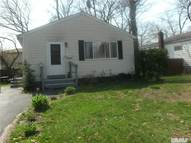 94 N 18th St Wyandanch NY, 11798