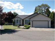 326 Village Dr Winchester OR, 97495