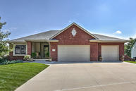 214 Shaley Circle Council Bluffs IA, 51503