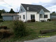 87583 19th St Bandon OR, 97411
