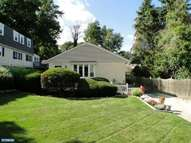 108 Woodlawn Ave Broomall PA, 19008