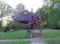 748 Evergreen Dr Akron OH, 44303