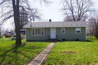 207 East Ridge St Medaryville IN, 47957