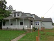 1843 E Main St Cottage Grove OR, 97424