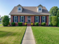 112 Village Oak Ct Florence AL, 35633