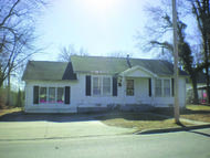 615 W. Maple Nevada MO, 64772