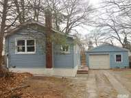 44 Dandelion Rd Rocky Point NY, 11778