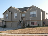 315 Ne 5th St. Oak Grove MO, 64075