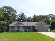 3582 Whispering Woods Dr Muskegon MI, 49444