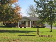 151 Townsend Valley Rd Paris KY, 40361