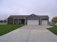 3 Lakeview Cir South Hutchinson KS, 67505