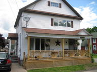 1 Pearl St Carbondale PA, 18407