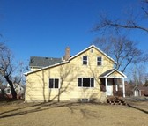 323 7th Ave Ne Jamestown ND, 58401