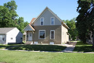 909 1st St Brookings SD, 57006