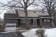 106 East Dr North Massapequa NY, 11758