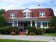 9 Walker Ave East Quogue NY, 11942
