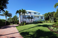 561 Lighthouse Way Sanibel FL, 33957