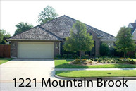 1221 Mountain Brook Drive Norman OK, 73072