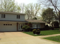 1825 East Hopi Lane Mount Prospect IL, 60056
