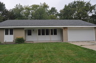 34674 North Iroquois Trail Mchenry IL, 60050