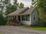 192 Peaceful Lane Clyde NC, 28721