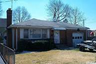 12 Maple St Greenvale NY, 11548