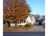 318 S Main St Brillion WI, 54110