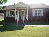 502 Courthouse View St Lafayette TN, 37083