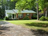 209 Oakwood Ave York SC, 29745