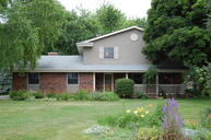 3905 Mountain Dr Brookfield WI, 53045
