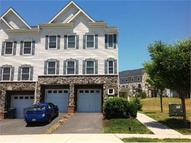 2807 Chinkapin Oak Lane Ln #220 Woodbridge VA, 22191
