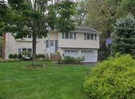 79 Johnson Avenue Gillette NJ, 07933