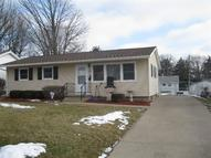 713 Highview Dr Clinton IA, 52732