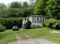 39 Ashmere Dr Hinsdale MA, 01235