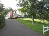 94 Oriole Av West Sand Lake NY, 12196