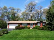 212 Valley Lane Cary IL, 60013
