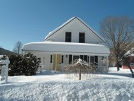 18 Pleasant St Grafton VT, 05146