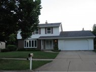 933 E Northwood Dr Appleton WI, 54911