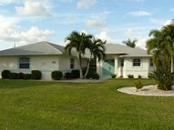 2243 Se 26th St Cape Coral FL, 33904