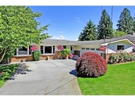 16358 34th Ave Ne Lake Forest Park WA, 98155