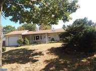 52 Basswood Rd Levittown PA, 19057